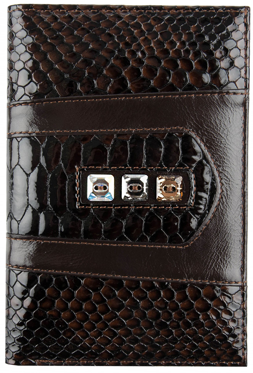 Обложка для паспорта женская Krystall, цвет: коричневый. 0-480(СВ)0-480(СВ) кр корОригинальные кристаллы Swarovski. Внутри изделия имеются кожаные вставки-кармашки + пластик. Дополнительно оснащена отделом для бумажных денег.