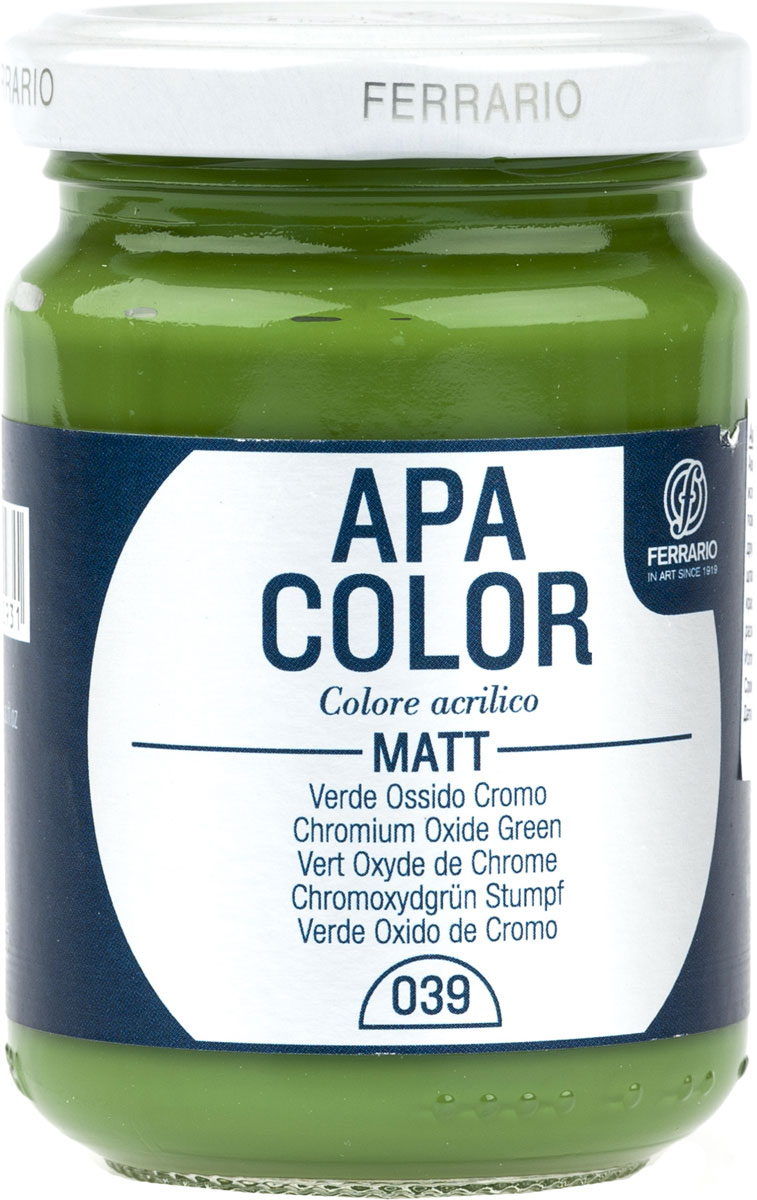 Ferrario Краска акриловая Apa Color цвет окись хрома 150 мл BA0095AO039BA0095AO039Матовая акриловая краска Apa Color итальянской компании Ferrario на водной основе, готова к использованию. Основные качества акриловой краски Apa Color: прочность, светостойкость и экологичность. Благодаря акриловой смоле Apa Color пластична и не дает трещин. Именно поэтому краска прекрасно ложится на любые поверхности, будь то стекло, дерево или ткань, что особенно хорошо в дизайне и декоре. Она быстро сохнет, после высыхания становится водостойкой. Акриловая краска Apa Color не потускнеет со временем, ее светостойкость не позволит измениться цвету, он не выгорит на солнце и не пожелтеет. Акриловая краска Apa Color – это отличный выбор в пользу яркой живописи, так как в ее палитре только глубокие и насыщенные цвета. Из-за того, что акриловая краска Apa Color на водной основе, она почти совсем не пахнет, малотоксична – подходит для работы в помещениях, можно заниматься творчеством вместе с детьми. Акриловая краска Apa Color разводится водой, однако это не значит, что для нее нельзя использовать специальные растворители и медиумы, предназначенные для акриловых красок – в этом случае сохраняется высокая пигментированность, но объем краски увеличивается и появляется возможность создания различных фактур и эффектов. Акриловую краску Apa Color легко наносить кистью, шпателем, валиком.