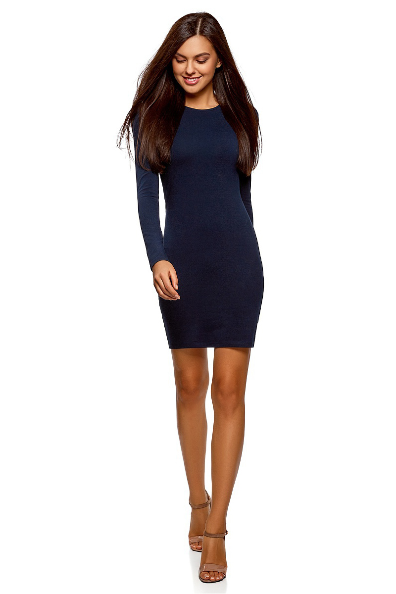 Платье oodji Ultra, цвет: темно-синий. 14000171B/46148/7900N. Размер XL (50)14000171B/46148/7900NСтильное мини-платье от oodji выполнено из эластичного хлопкового трикотажа. Модель приталенного кроя с длинными рукавами и круглым вырезом горловины.