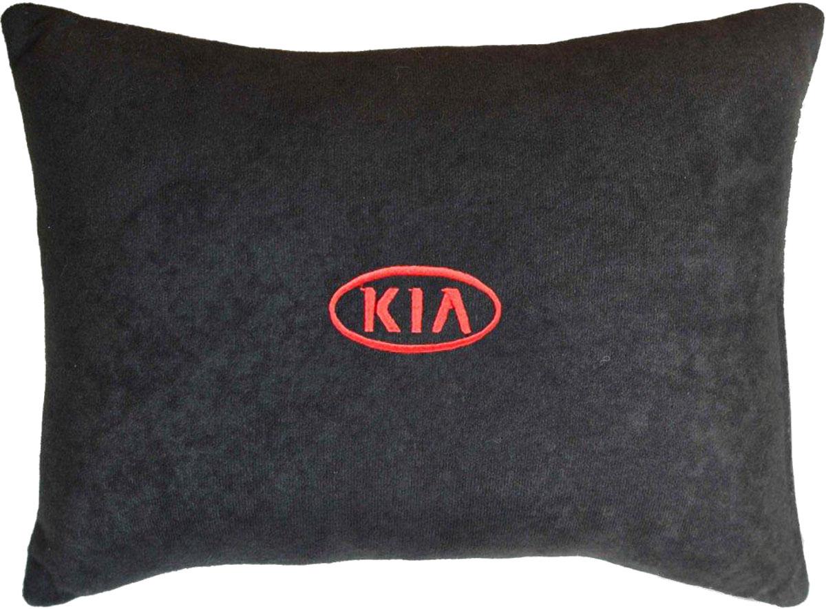 Подушка декоративная в салон автомобиля Autopremium Kia, цвет: черный37631Подушка в салон автомобиля с индивидуальной вышивкой - отличное дополнение для вашего авто. Мягкая подушка, изготовленная из велюра, будет удобна пассажиру. К тому же не перестанет радовать вас своим видом. Оптимальный размер подушки (26 х 36 см) не загромождает салон автомобиля. Особенности подушки:- Хорошо проветривается. - Предупреждает потение. - Поддерживает комфортную температуру. - Обминается по форме тела. - Улучшает кровообращение. - Исключает затечные явления.