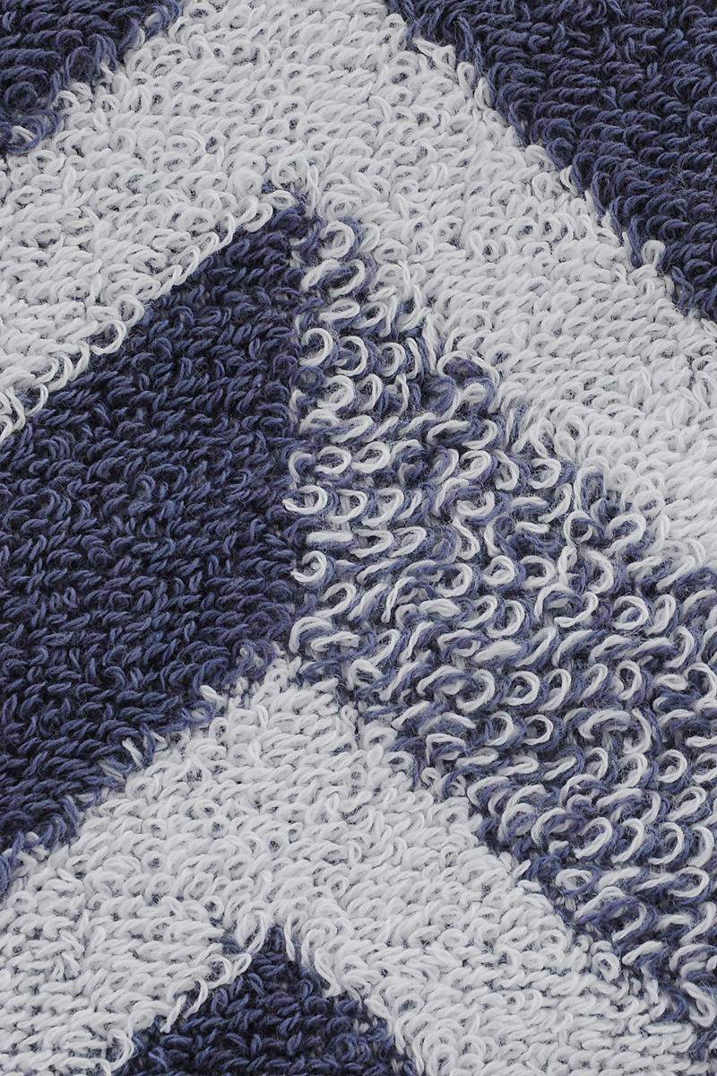 """Махровое полотенце Aquarelle """"Бостон 3"""" изготовлено из натурального 100% хлопка. Это мягкое и нежное полотенце добавит ярких красок и позитивного настроя в каждый день.  Изделие отлично впитывает влагу, быстро сохнет, сохраняет яркость цвета даже после многократных стирок."""