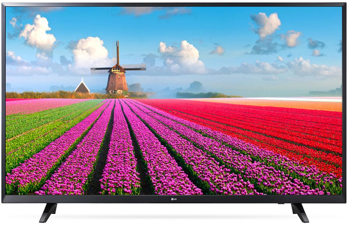 LG 49LJ540V телевизорLG 49LJ540VLG 49LJ540V - отличный современный телевизор для вашей семьи.Современный пульт Magic Remote и обновлённый интерфейс webOS 3.5 создают максимальный комфорт для погружения в новый яркий мир: самое время окунуться в интригующий сюжет.Разрешение Full HD 1080p отвечает стандартам высокой четкости, отображая на экране 1080 (прогрессивных) линий разрешения, для более четкого и детального изображения.Помимо улучшения цветопередачи, уникальные технологии обработки изображения отвечают за регулировку тона, насыщенности и яркости.При использовании механизма масштабирования разрешения Resolution Upscaler изображения любого качества выглядят существенно лучше.Технология Virtual Surround Plus создает у зрителя ощущение, будто звук льется со всех сторон. Благодаря эффекту присутствия, кажется, что ты в толпе на выступлении любимой группы или в студии звукозаписи.Гладкий, тонкий, бесшовный - этими словами можно описать дизайн нового LG TV. Безупречный корпус идеально обрамляет монитор, не отвлекая от картинки на экране.С LG HD TV вы можете воспроизводить фильмы, музыку и фото максимально удобным способом - прямо с USB-флэшки или жесткого диска.HDMI - это мультимедийный интерфейс высокой четкости. Единый стандарт HDMI позволяет получать новому телевизору LG максимально четкий аудио и видеосигнал.