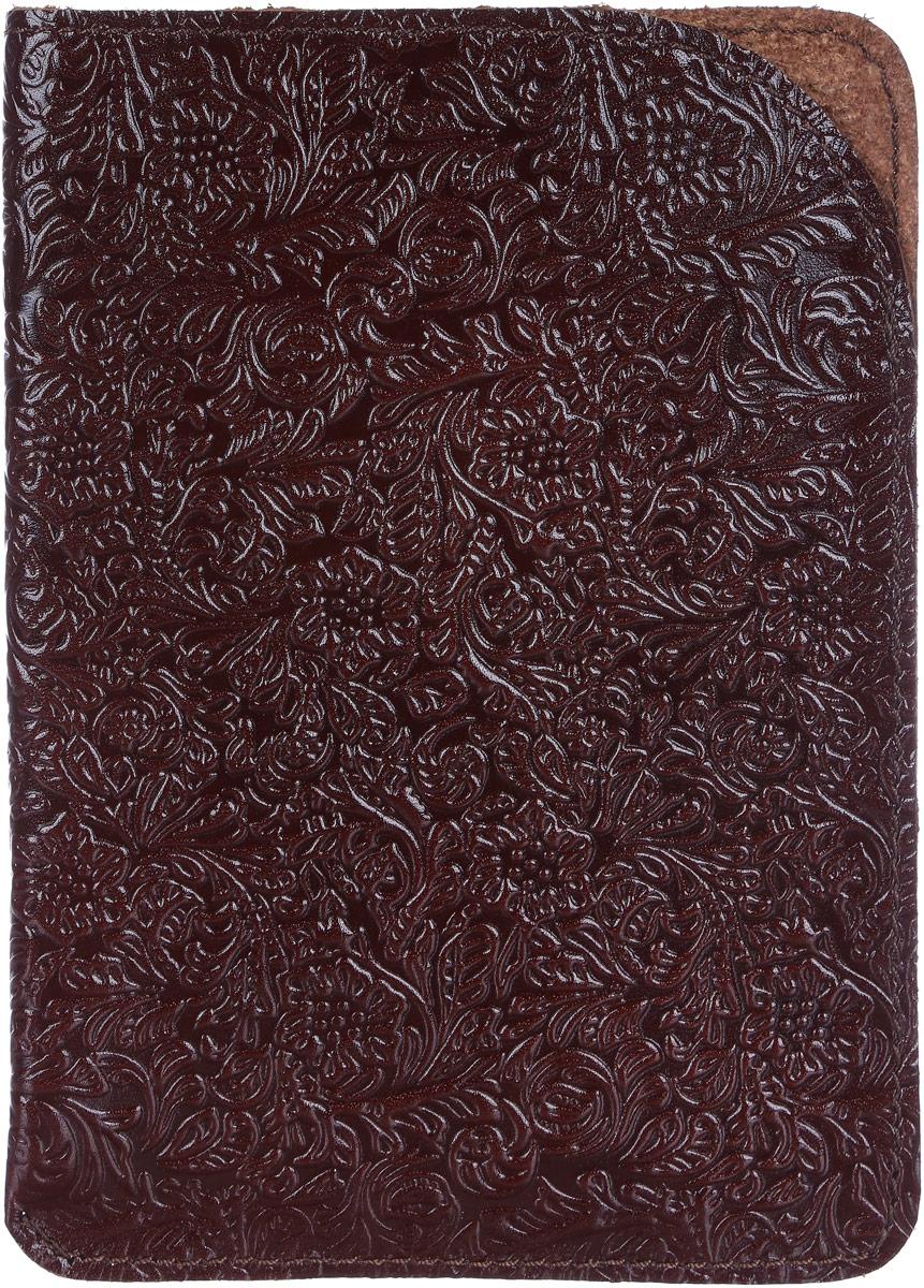 Обложка для паспорта Paolo Veronese, цвет: бордовый. O059-A04-11O059-A04-11Чехол для паспорта Paolo Veronese в форме кармана, из натуральной кожи, с краем в обрезку. Горизонтальное тиснение Passport. Размеры (XxYxZ): 100х141х3