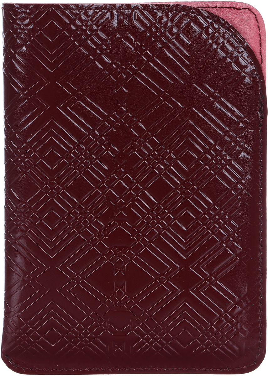Обложка для паспорта Paolo Veronese, цвет: бордовый. O059-A04-10O059-A04-10Чехол для паспорта Paolo Veronese в форме кармана, из натуральной кожи, с краем в обрезку. Горизонтальное тиснение Passport. Размеры (XxYxZ): 100х141х3