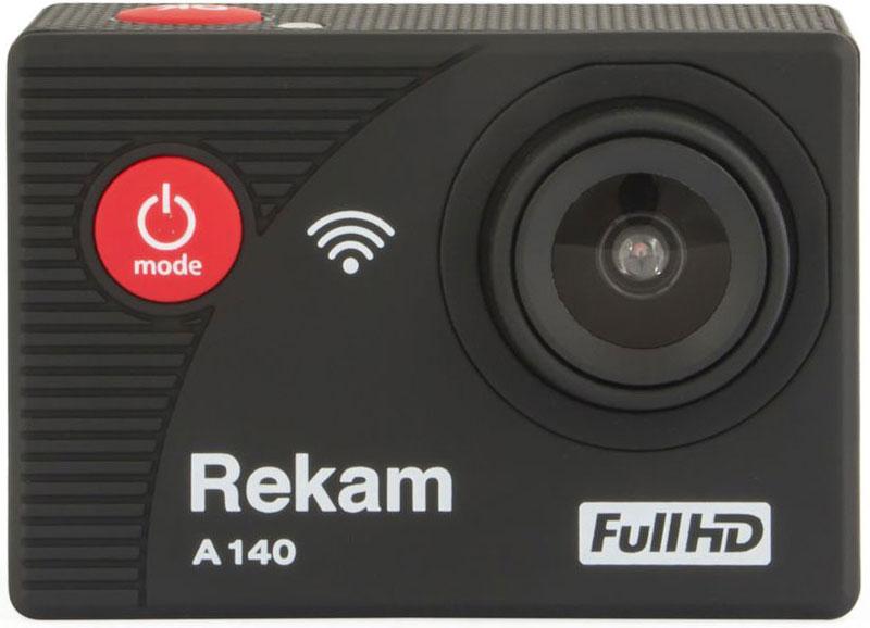 Rekam A140, Black экшн-камера2680000005Экшн-камера Rekam A140 поможет вам записать лучшие моменты жизни в FHD-разрешении.Защитный бокс предотвратит попадание пыли и влаги на камеру, что позволит записывать самые разнообразные видеосюжеты.Обычная видеокамера не выдерживает сложные условия съемки, скорость, перепады температур, тогда как экшн-камера Rekam A140 благодаря конструктивным особенностям и техническим характеристикам легко справляется с этими задачами.Камера обладает дисплеем диагональю 2 дюйма, который облегчает настройку устройства и выбор правильного ракурса. Rekam A140 способна непрерывно вести запись до 150 минут, благодаря аккумулятору с емкостью 900 мАч. Хранить записанное можно на 32 ГБ карт памяти.Как выбрать экшн-камеру. Статья OZON Гид