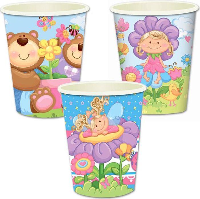 """Стаканы """"Детская коллекция"""" подойдут для организации детской вечеринки, дня рождения и других праздников. В наборе 6 стаканов объемов 250 мл, выполненных из бумаги. Стаканы оформлены милым принтом. Такие стаканы станут отличным дополнением праздничного настроения."""
