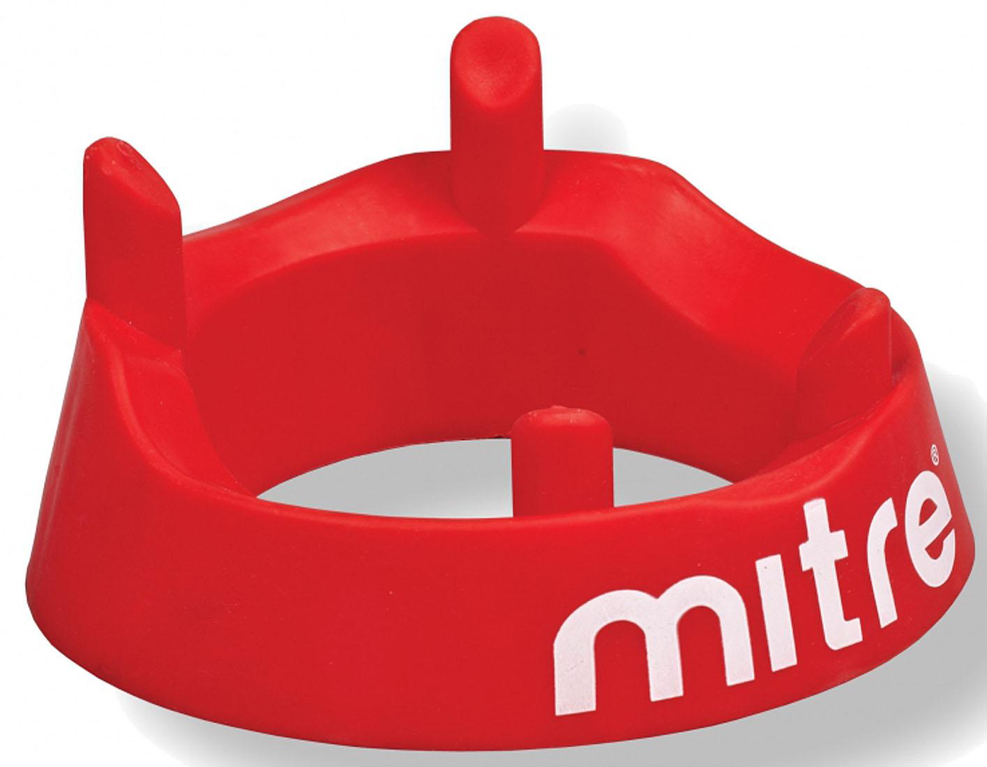 Подставка для регбийного мяча Mitre, цвет: красныйА3062Подставка Mitre, изготовленная из мягкого пластика, это необходимый аксессуар для современного регби. Она позволяет игроку устанавливать мяч для удара в удобное для бьющего положение.