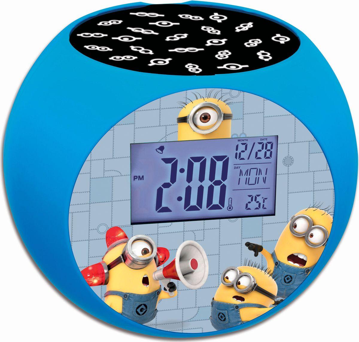 Lexibook Часы-прожектор Миньоны267383Ваши любимые герои теперь будут еще ближе! Стильные и удобные радио-часы с ЖК экраном, сделанные в дизайне героев мультфильма с функциями будильника, ночника и проектора, который проецирует время и картинки на потолок. Благодаря 10-ти встроенным в радио-часы звукам природы вы можете расслабиться в любое время! Продукт произведен по официальной лицензии, прекрасный подарок детям и их родителям!