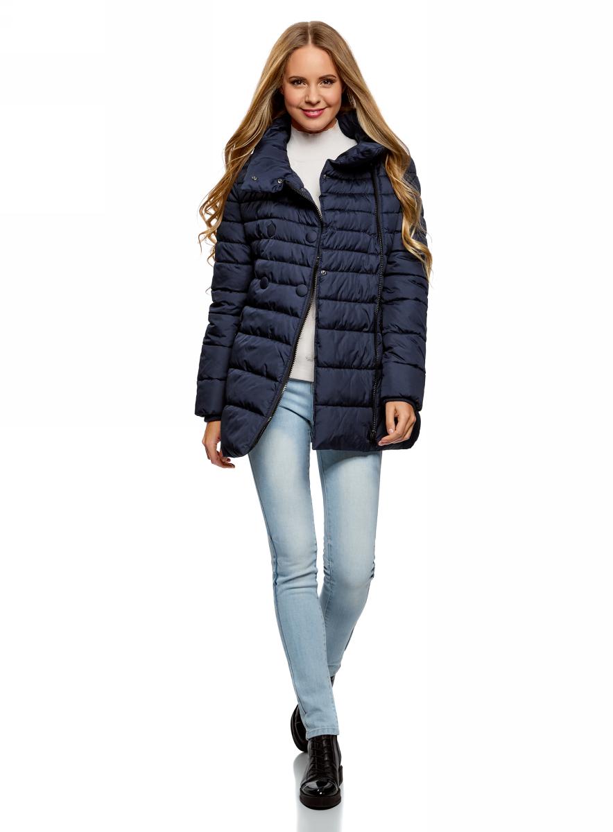 Куртка женская oodji Ultra, цвет: темно-синий. 10201032-2B/32754/7900N. Размер 40-170 (46-170)10201032-2B/32754/7900NСтеганая утепленная куртка oodji выполнена из плащевки. Модель, утепленная синтепухом, с длинными рукавами и объемным воротником-стойкой застегивается на асимметричную молнию и дополнена декоративными пуговицами. По бокам куртка дополнен втачными карманами на молниях.