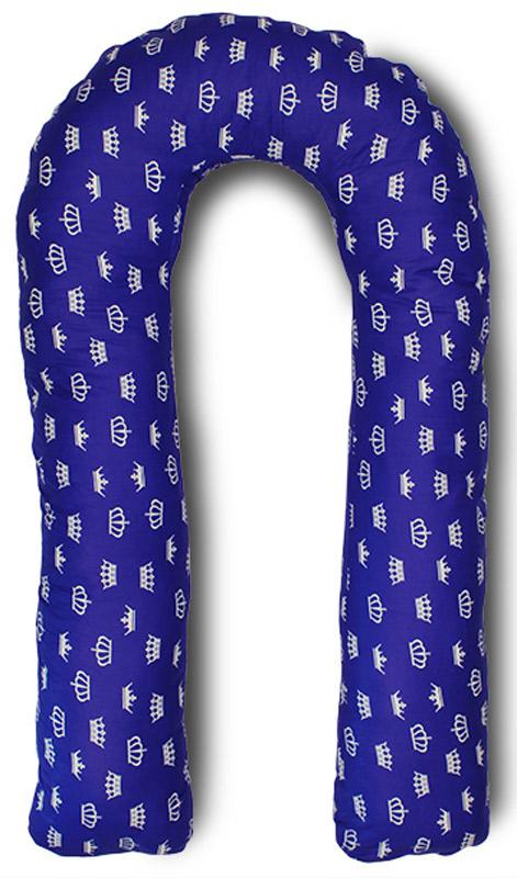 Body Pillow Подушка для беременных U-образная с наполнителем пенополистирол цвет синий с белыми коронамиU90х150 пено кр син-белПодушка для беременных в форме U - самая популярная и самая большая подушка, которая помогает будущей маме комфортно устроиться во время дневного и ночного отдыха. Она равномерно поддерживает спинку и растущий животик, и при переворачивании на другую сторону подушку не нужно перетаскивать за собой, она обнимает тело со всех сторон.Размер подушки 340 см по внешнему краю. За счет своих размеров подушка идеально подойдет даже очень высоким девушкам.Наполнитель подушки - шарики пенополистирола - похожи на шарики анти-стресс, но диаметром 3-4 мм - это гипоаллергенный материал, который на 80% состоит из воздуха, заключенного в микроскопические клетки из вспененного полистирола.Благодаря особенности наполнителя, подушка жесткая, практически не поддается деформации и не пружинит. Благодаря этому свойству подушка идеально подойдет и для девушек с пышными формами. Контур подушки подстраивается под форму тела (шарики распределяются под весом тела). При перемещении шариков подушка издает шуршащие звуки.Чехол подушки на потайной молнии.