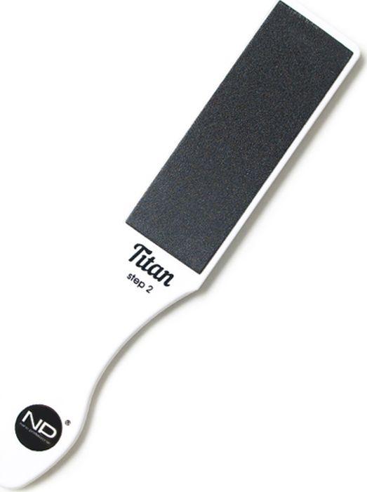 Nano Professional Пилка для шлифовки стоп Titan 100/150 двусторонняя в подарочной коробке003060Создана для эффективного удаления натоптышей, ороговевших участков кожи, сухих мозолей. Основа это высококачественный прочный пластик. Широкая и удобная эргономичная форма. Позволяет шлифовать как сухую, так и влажную кожу стоп. Грубый абразив 100 грит убирает ороговевшие участки, средний абразив 150 грит делает кожу стоп гладкой.Для домашнего использования в подарочном исполнении. Абразивы приклеены заводским способом и не подлежат замене.