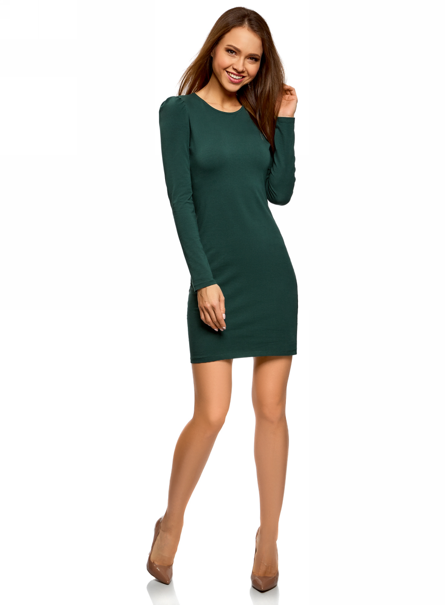 Платье oodji Ultra, цвет: темно-зеленый. 14000171B/46148/6900N. Размер S (44)14000171B/46148/6900NСтильное мини-платье от oodji выполнено из эластичного хлопкового трикотажа. Модель приталенного кроя с длинными рукавами и круглым вырезом горловины.