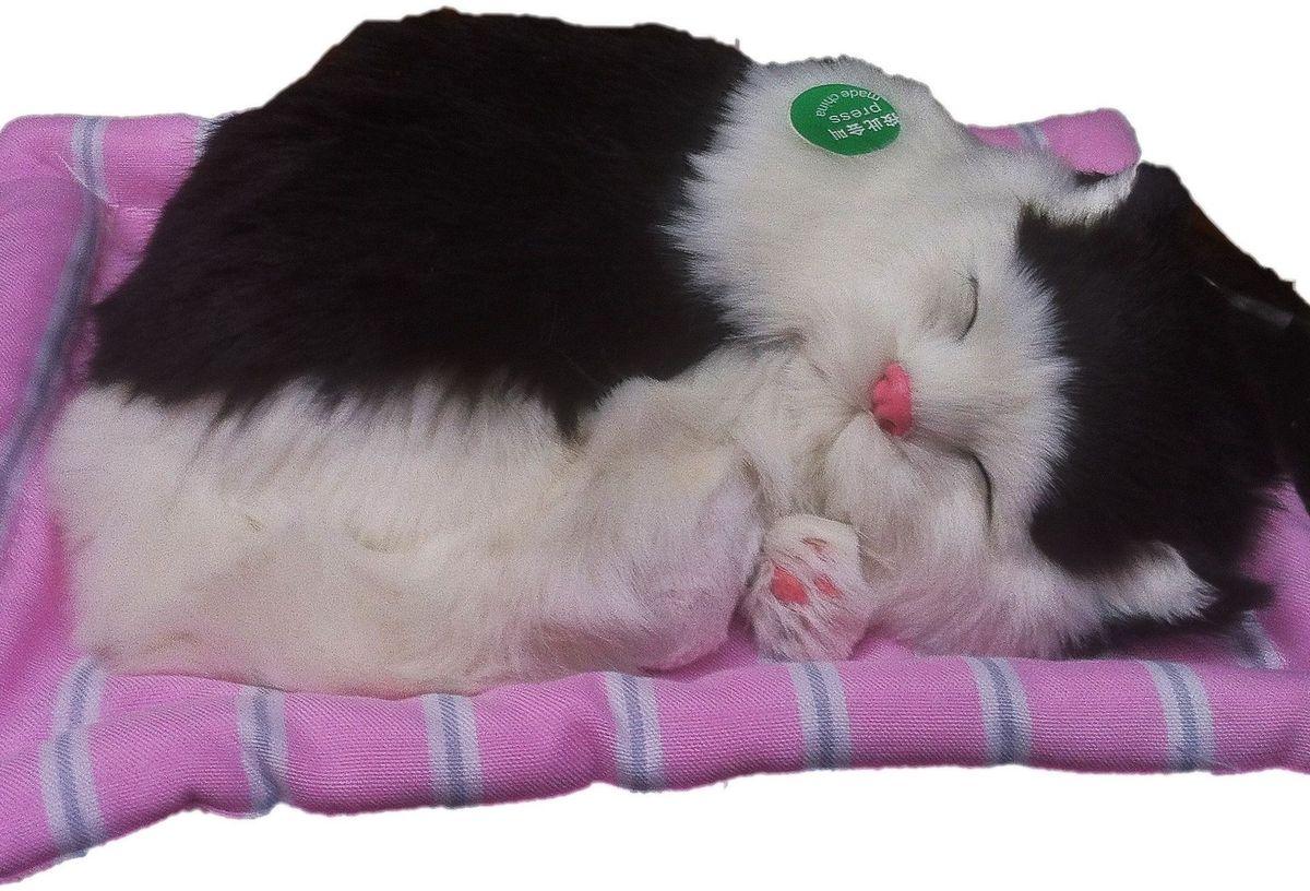 Vebtoy Фигурка Спящий котенок на коврике со звуком Мяу цвет черно-белый