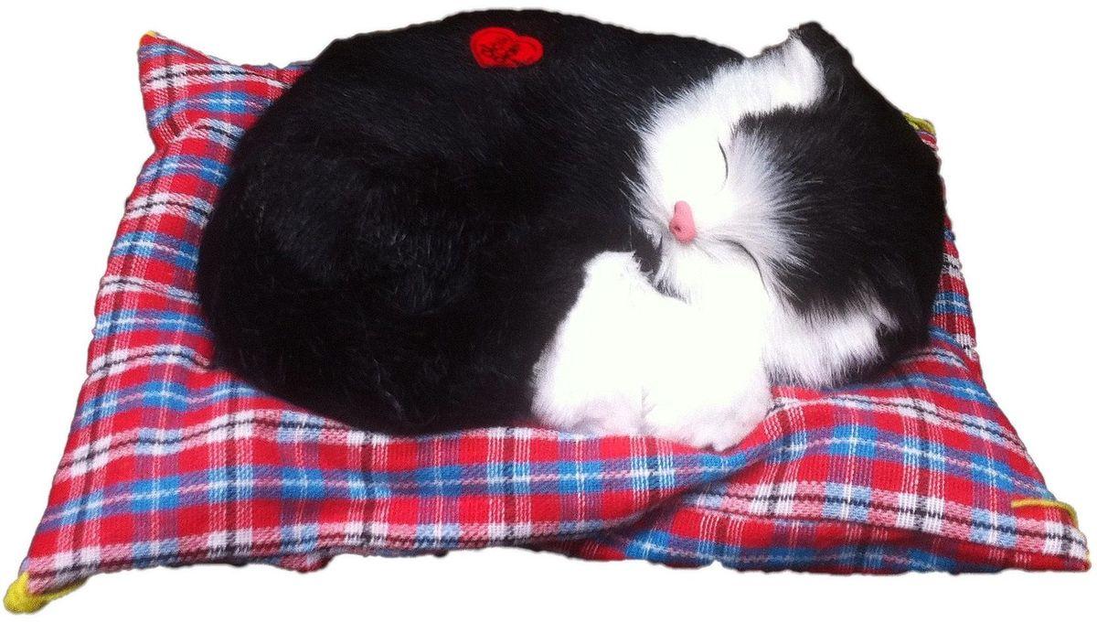 Vebtoy Фигурка Спящий котенок на коврике со звуком Мяу цвет черный