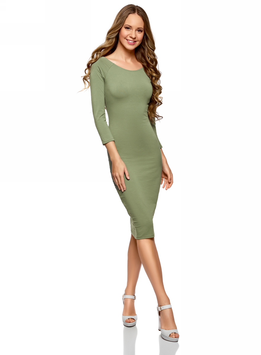 Платье oodji Ultra, цвет: зеленый. 14017001-6B/47420/6200N. Размер XS (42)14017001-6B/47420/6200NИзящное трикотажное платье облегающего силуэта с длинными рукавами. Широкий вырез смотрится сексуально и красиво приоткрывает спину. Рукава реглан подчеркивают линию груди. Платье длиной до колен красиво облегает фигуру, акцентируя внимание на бедрах и ногах. Хлопковый трикотаж приятен для тела, дышит и легок в уходе. Благодаря добавлению эластана он слегка тянется и обеспечивает свободу движений, при этом отлично держит форму после стирки. Платье эффектно сидит и отлично смотрится. Стильное сдержанное платье прекрасно подходит для создания женственных повседневных образов. Его можно надеть на свидание, прогулку по городу, встречу с друзьями. Оно прекрасно смотрится с обувью на высоком каблуке. Наряд можно дополнить броскими аксессуарами и украшениями. С ними вы сможете правильно расставить акценты в своем образе. В этом платье вы всегда будете выглядеть стильно и ловить на себе восхищенные взгляды окружающих.