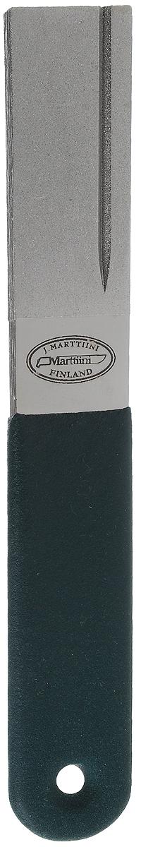 Точило Marttiini, с алмазным напылением, длина 15 см. 15151131515113Точило Marttiini - это один из тех инструментов, которые обязательно должны быть в ящике каждого рыболова. С таким точильным бруском мужчина сможет всегда держать свои рыболовные крючки в идеальном рабочем состоянии. Этот же брусок пригодится для заточки рыболовного ножа, ножа для филетирования и ряда специальных инструментов для работы с леской: например, ножниц или ригеров. Полезным точило Marttiini окажется, если рыболову потребуется заточить и более крупный инструмент типа топора. Поскольку бывают и такие рыболовы, которые не способны устоять перед искушением развести костер и сварить уху из свежевыловленной рыбы. И для всего спектра режущего инструмента понадобится лишь один компактный точильный брусок.Общая длина: 15 см.Длина рабочей части: 5 см.