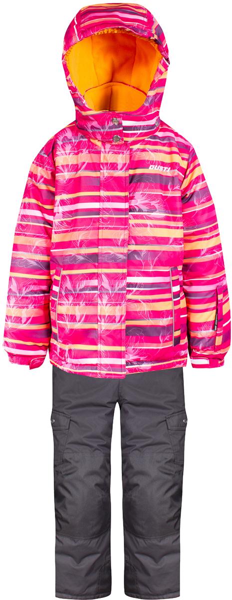 Комплект верхней одежды для девочки Gusti, цвет: розовый. GWG 4644-PINK. Размер 96GWG 4644-PINKКомплект Gusti состоит из куртки и полукомбинезона. Ткань верха: мембрана с коэффициентом водонепроницаемости 5000 мм и коэффициентом паропроницаемости 5000 г/м2, одежда ветронепродуваемая. Благодаря тонкому полиуретановому напылению изнутри не промокает даже при сильной влаге, но при этом дышит (защита от влаги не препятствует циркуляции воздуха). Плотность ткани Т190 обеспечивает высокую износостойкость. Утеплитель: тек-Полифилл (Tech-Polyfil) - 280г/м2, силиконизированый полиэстер изготовленный по новейшим технологиям, удерживает тепло при температуре до -30 С. Очень мягкий, создающий объем для сохранения тепла. Высокоэффективный, обладающий повышенной устойчивостью к сжатию (после стирки в стиральной машине изделие достаточно встряхнуть), обеспечивающий хорошую вентиляцию, обладающий прекрасным, теплоизолирующими свойствами синтетический материал. Главные преимущества Тек-Полифила – одежда более пушистая на ощупь и менее тяжелое по весу. Подкладка: высокотехнологичный флис COOLQUICK. Специальное кручение нитей позволяет ткани максимально впитывать влагу и увеличивать испаряемость с поверхности, т.е. выпустить пар, но не пропускает влагу снаружи, что обеспечивает комфорт даже при высоких физических нагрузках. Этот материал ранее был разработан специально для спортсменов, которые испытывали сильные нагрузки во время активного движения, а теперь принес комфорт и тепло в нашу повседневную жизнь. Это особенно важно для детей, когда они гуляют на свежем воздухе, чтобы тело всегда оставалось сухим и теплым. В этой одежде им будет тепло в течение длительного времени и нет необходимости надевать теплый свитер. Верхняя одежда GUSTI просто чистится. Стирать одежду придется очень редко – только при сильных загрязнениях. Если малыш забрался в лужу или грязь, просто вытрите пятно влажной тряпкой.