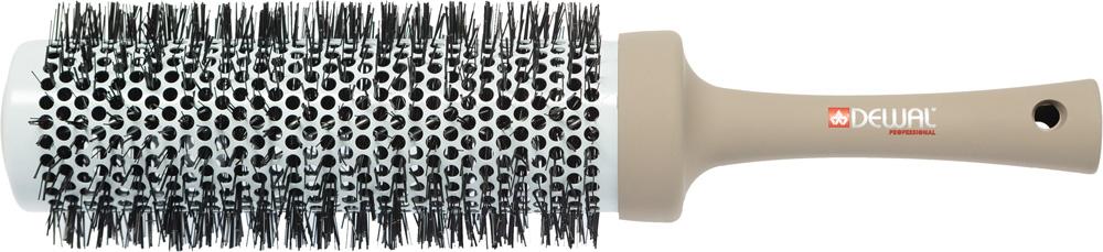 Dewal Термобрашинг Ultra Long, нейлоновая щетина 5,3 х 7 смBUL53Термобрашинг ULTRA LONG с увеличенной рабочей поверхностью Разработан специально для средних и длинных волос, увеличенная рабочая поверхность позволяет захватить более широкую прядь, волосы можно высушить в три захвата Легкий и эргономичный термобрашинг 53 / 70 мм с цельной литой ручкой и щетиной из термостойкого нейлона предназначен для бережной укладки волос - Керамико-турмалиновое покрытие; - Удобно подкручивать и делать всевозможные укладки