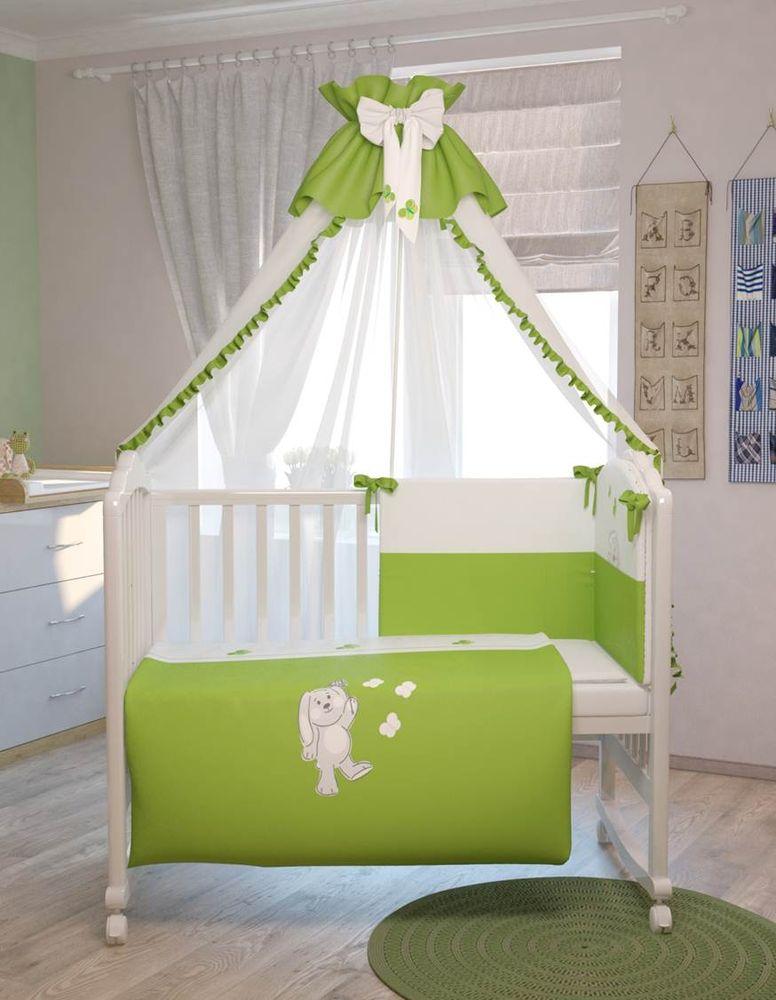 Polini Комплект белья для новорожденных Зайки цвет зеленый 7 предметов0001201-4Комплект в кроватку Polini Зайки 7 предметов, голубой 120х60.Современные пастельные цвета комплекта и оригинальная вышивка в виде зайчиков и бабочек поднимет настроение малыша и подарит ему много сладких снов. Изготовлен из мягких, натуральных тканей, не вызывающих аллергию.Входит в состав коллекции мебели и аксессуаров для детской комнаты Polini Зайки.Состав комплекта:- штора балдахина (300 см),- борт со съемными чехлами (37х180 см), - подушка (40х60 см),- наволочка (40х60 см),- простыня на резинке на матрац (120х60 см),- пододеяльник (110х140 см),- одеяло (110х140 см).