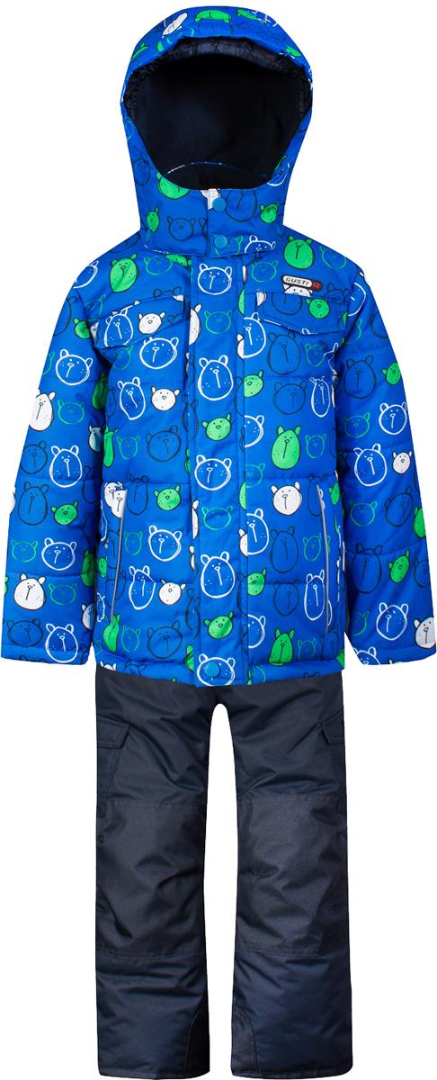 Комплект верхней одежды для мальчика Gusti, цвет: синий. GWB 4631-ELECTRIC BLUE. Размер 100GWB 4631-ELECTRIC BLUEКомплект Gusti сосотоит из куртки и полукомбинезона. Ткань верха: мембрана с коэффициентом водонепроницаемости 5000 мм и коэффициентом паропроницаемости 5000 г/м2, одежда ветронепродуваемая. Благодаря тонкому полиуретановому напылению изнутри не промокает даже при сильной влаге, но при этом дышит (защита от влаги не препятствует циркуляции воздуха). Плотность ткани Т190 обеспечивает высокую износостойкость. Утеплитель: тек-Полифилл (Tech-Polyfil) - 280г/м2, силиконизированый полиэстер изготовленный по новейшим технологиям, удерживает тепло при температуре до -30 С. Очень мягкий, создающий объем для сохранения тепла. Высокоэффективный, обладающий повышенной устойчивостью к сжатию (после стирки в стиральной машине изделие достаточно встряхнуть), обеспечивающий хорошую вентиляцию, обладающий прекрасным, теплоизолирующими свойствами синтетический материал. Главные преимущества Тек-Полифила – одежда более пушистая на ощупь и менее тяжелое по весу. Подкладка: высокотехнологичный флис COOLQUICK. Специальное кручение нитей позволяет ткани максимально впитывать влагу и увеличивать испаряемость с поверхности, т.е. выпустить пар, но не пропускает влагу снаружи, что обеспечивает комфорт даже при высоких физических нагрузках. Этот материал ранее был разработан специально для спортсменов, которые испытывали сильные нагрузки во время активного движения, а теперь принес комфорт и тепло в нашу повседневную жизнь. Это особенно важно для детей, когда они гуляют на свежем воздухе, чтобы тело всегда оставалось сухим и теплым. В этой одежде им будет тепло в течение длительного времени и нет необходимости надевать теплый свитер. Верхняя одежда GUSTI просто чистится. Стирать одежду придется очень редко – только при сильных загрязнениях. Если малыш забрался в лужу или грязь, просто вытрите пятно влажной тряпкой.