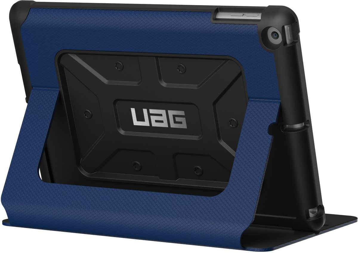 UAG чехол для Apple iPad 9,7, BlueIPD17-E-CBСовременный дизайн изделий отлично подходит к различным стилям в одежде: спортивный, повседневный, милитари и другие. Эти аксессуары повышенной прочности подходят как для обычной жизни, так для условий, требующих дополнительной защиты ваших устройств (спорт, строительство, узкопрофессиональная сфера деятельности).