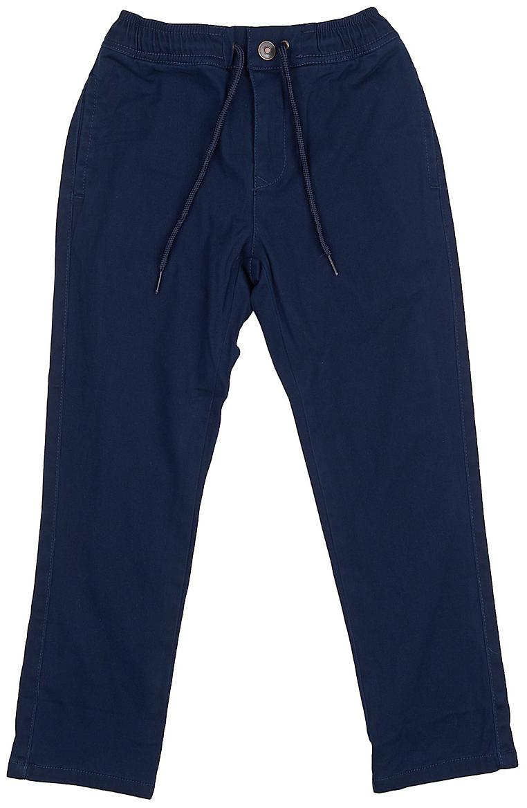 Брюки для мальчика Sela, цвет: темно-синий. P-815/040-7413. Размер 152P-815/040-7413Стильные брюки для мальчика от Sela выполнены из эластичного хлопкового материала. Модель прямого кроя в поясе застегивается на кнопку и ширинку на молнии, имеется шнурок. Сзади брюки дополнены прорезными карманами.