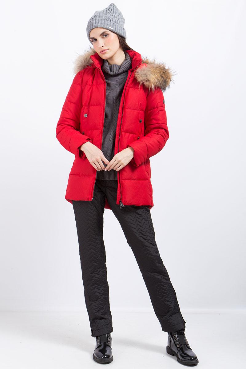 Куртка женская Finn Flare, цвет: вишневый. W17-11008_304. Размер XL (50)W17-11008_304Куртка женская Finn Flare выполнена из полиэстера. Модель с капюшоном и длинными рукавами застегивается на молнию.