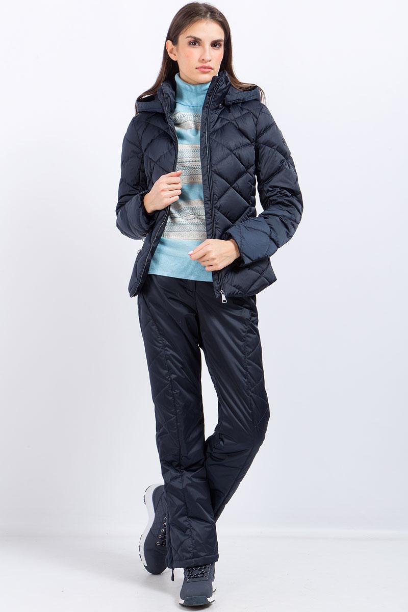 Фото Куртка женская Finn Flare, цвет: темно-синий. W17-12038_101. Размер L (48)