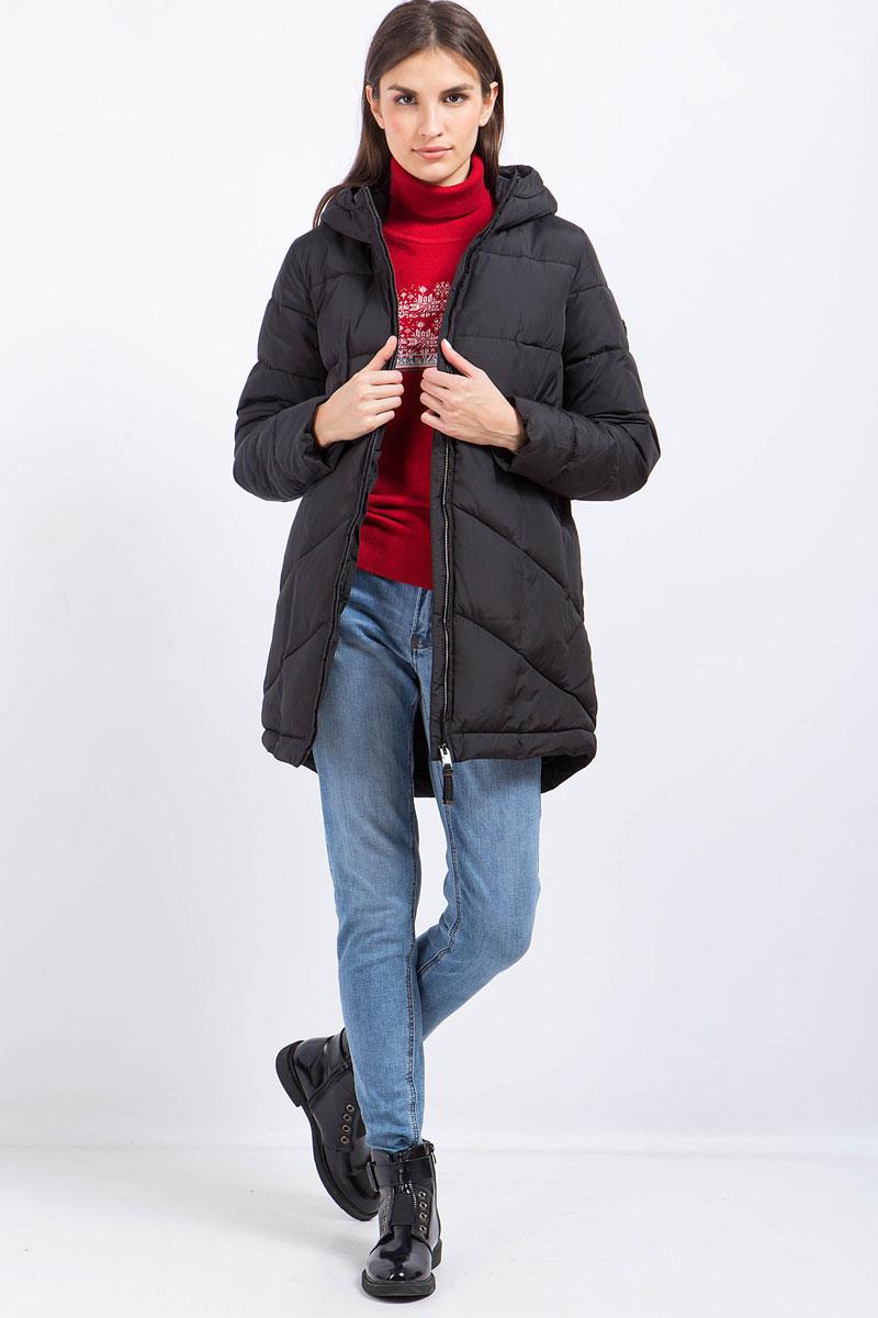 Пальто женское Finn Flare, цвет: черный. W17-32022_200. Размер L (48)W17-32022_200Пальто женское Finn Flare выполнено из полиэстера. Модель с капюшоном и длинными рукавами застегивается на застежку-молнию.
