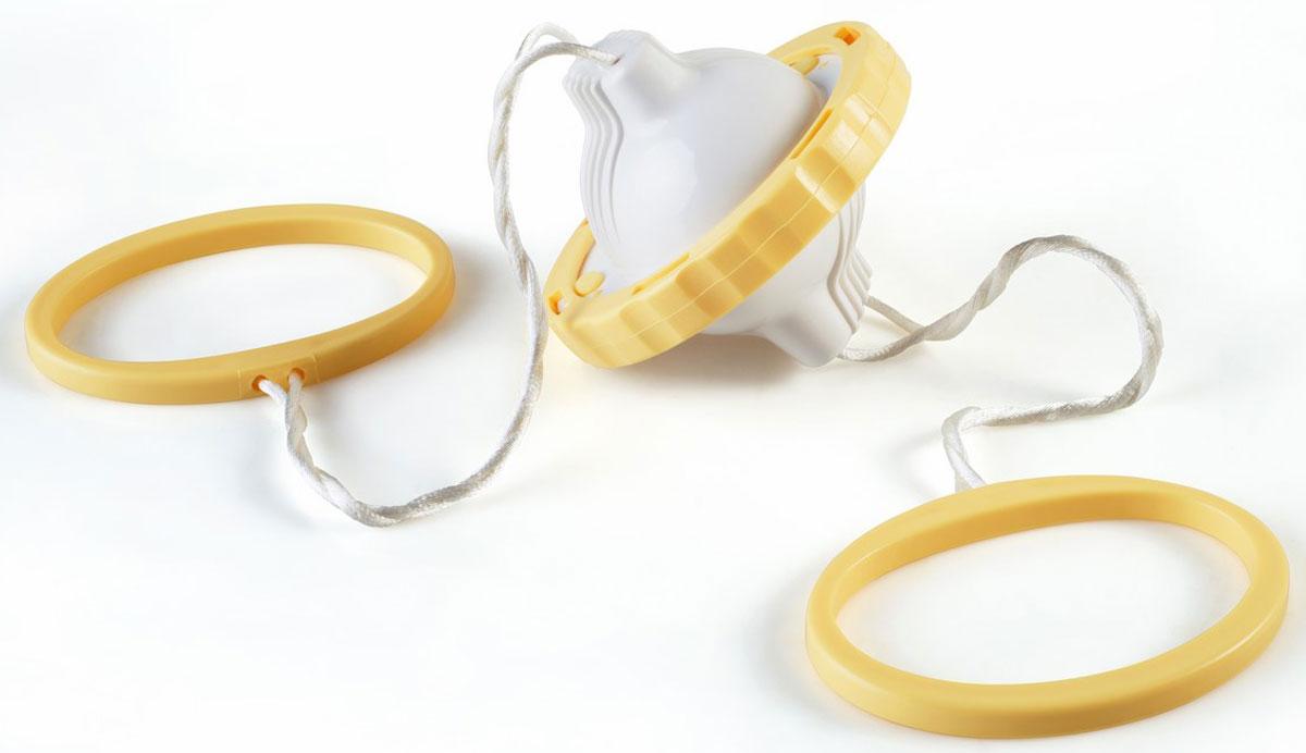 Прибор для смешивания содержимого яиц Ругес Моголь, цвет: белый, желтыйR-4Вопрос: А можно ли смешать желток и белок внутри яйца не разбивая? в детском возрасте посещал многие головы. Многие наверняка даже проводили эксперименты: трясли, болтали. Дети могут позволить себе быть любопытными, а взрослея, становятся практичными и задаются вопросом Зачем?. И действительно: зачем смешивать содержимое яйца внутри скорлупы? А вот человек, у которого дети отказывались есть желток вареного яйца, мало того, что понял зачем, так еще придумал устройство с помощью которого это можно сделать! Прибор для смешивания желтка и белка без разбивания Моголь - забавное устройство позволяет за считанные секунды сделать содержимое яйца однородным не повреждая скорлупу. Золотое яйцо без помощи курочки Рябы! Приготовление становится кухонным развлечением! Еще бы: крутить на резинках закрепленное яйцо как заблагорассудится! Два прибора Моголь – и можно устраивать соревнования! А отварное смешанное яйцо имеет ряд преимуществ: на бутербродах желток не отваливается от белка, сервировка блюда приобретает необычность и аккуратность, его легче нарезать. После обработки Прибором для смешивания Моголь вкус яиц получается нежным и не похожим на другие варианты приготовления. Теперь помимо всмятку, в мешочек, вкрутую доступная опция золотое яйцо! Удобно: Вы можете заготовить смешанные яйца заранее и хранить в холодильнике к приходу гостей. Длина с веревкой: 66 см. Вес: 116 гр. Вмещает 1 куриное яйцо. Рекомендуемое время вращения: 25-30 секунд. Инструкция на русском языке.