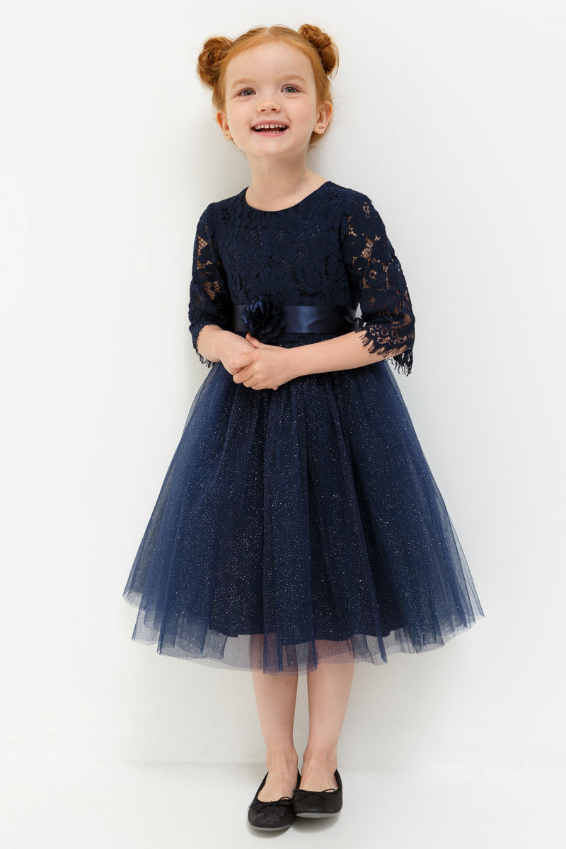 Платье для девочки Acoola Carrie, цвет: темно-синий. 20220200215. Размер 11020220200215Платье для девочки Acoola выполнено из хлопка и полиамида. Модель с круглым вырезом горловины и короткими рукавами.