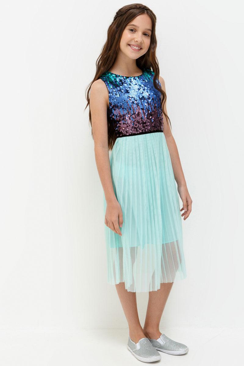 Платье для девочки Acoola Kristen, цвет: синий, мятный. 20210200196. Размер 14620210200196Стильное платье для девочки идеально подойдет вашей маленькой принцессе. Изготовленное из полиэстера, оно необычайно мягкое и приятное на ощупь, не сковывает движения и позволяет коже дышать, не раздражает даже самую нежную и чувствительную кожу ребенка, обеспечивая ему наибольший комфорт.Оригинальный современный дизайн и модная расцветка делают это платье модным и стильным предметом детского гардероба. В нем ваша малышка будет чувствовать себя уютно и комфортно и всегда будет в центре внимания!