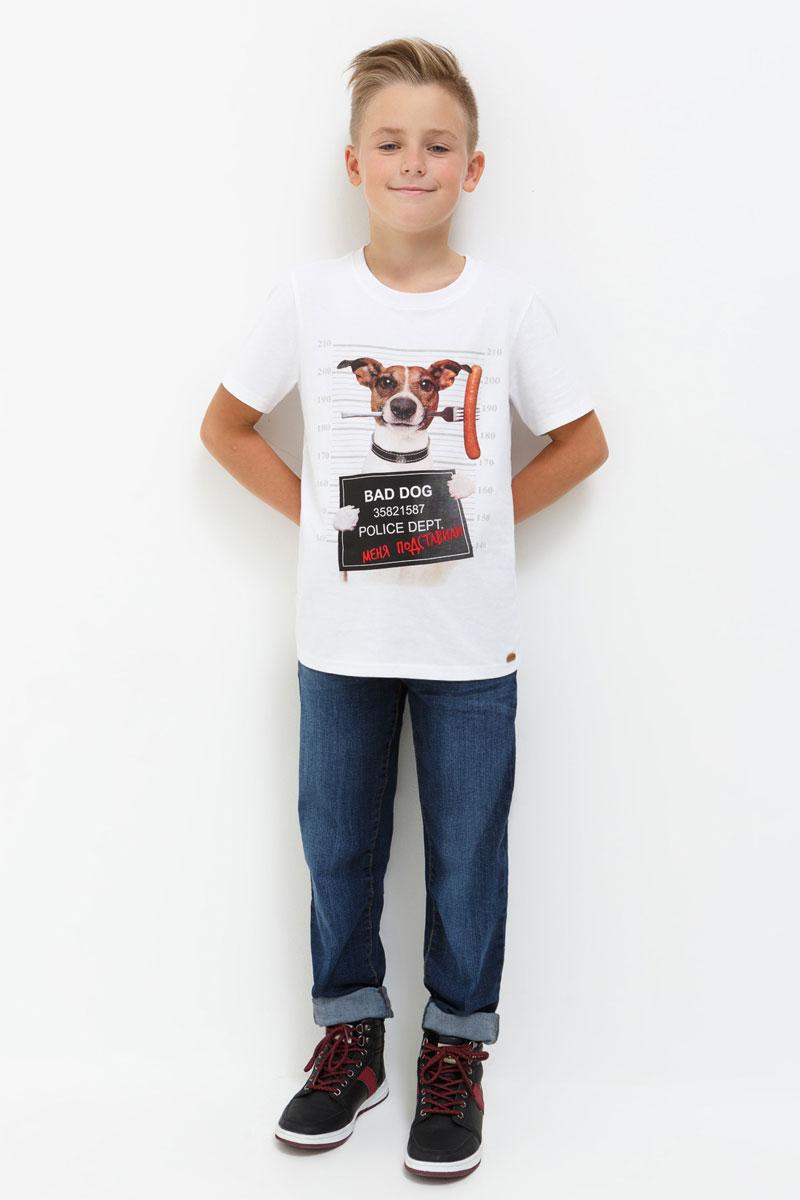 Футболка для мальчика Acoola Portofino, цвет: белый. 20110110081. Размер 13420110110081Футболка для мальчика Acoola выполнена из хлопка. Модель с круглым вырезом горловины и короткими рукавами.