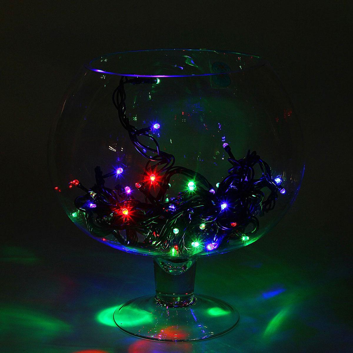 Гирлянда светодиодная Luazon Метраж, уличная, 50 ламп, 220 V, 5 м, цвет: мультиколор. 10800151672045Светодиодные гирлянды, ленты и т.д. — это отличный вариант для новогоднего оформления интерьера или фасада. С их помощью помещение любого размера можно превратить в праздничный зал, а внешние элементы зданий, украшенные ими, мгновенно станут напоминать очертания сказочного дворца. Такие украшения создают ауру предвкушения чуда. Деревья, фасады, витрины, окна и арки будто специально созданы, чтобы вы украсили их светящимися нитями.