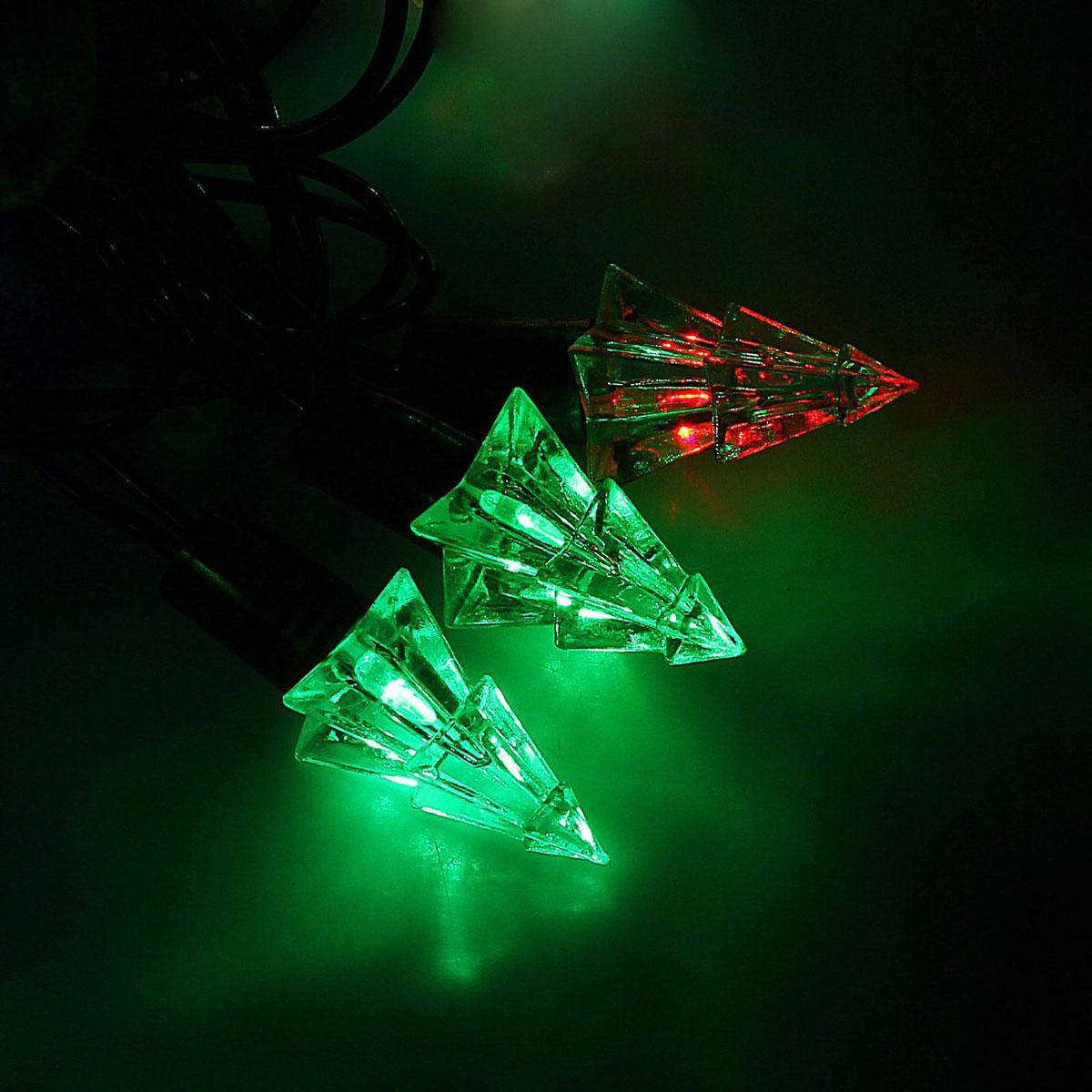 Гирлянда светодиодная Luazon Метраж. Елка маленькая, уличная с насадкой, моргает, 40 ламп, 220 V, 5 м, цвет: мультиколор. 10800891080089Светодиодные гирлянды, ленты и т.д. — это отличный вариант для новогоднего оформления интерьера или фасада. С их помощью помещение любого размера можно превратить в праздничный зал, а внешние элементы зданий, украшенные ими, мгновенно станут напоминать очертания сказочного дворца. Такие украшения создают ауру предвкушения чуда. Деревья, фасады, витрины, окна и арки будто специально созданы, чтобы вы украсили их светящимися нитями.