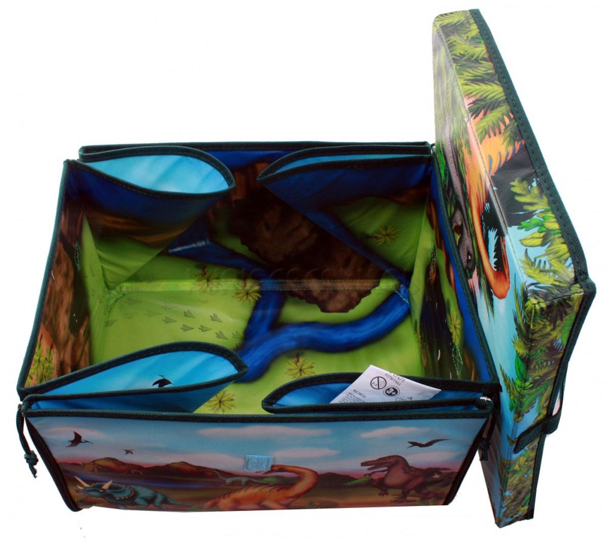 Dinosaur Игровой набор ЗипБин Динозавр 3 предметаА1081Х4Вопрос о сохранности и транспортировке игрушек можно считать решенным, ведь теперь у вашего ребенка будет оригинальный и удобный ЗипБин. В нем можно не только переносить или хранить игрушки, он и сам является частью игры. Интересный формат коробки-коврика позволяет максимально просто организовать сбор использованных элементов – только не позволяйте им выходить за пределы площадки! Коробка легко раскладывается и превращается в красочный коврик. Игровое поле украшено изображением фантастического мира доисторических хищников. С помощью фигурок-динозавров (2 в комплекте) можно придумать множество интересных сценариев и разыграть их прямо на полу своей комнаты. Могучие динозавры и захватывающие приключения уже ждут вас! С помощью ЗипБина этой серии вы сможете создать свои собственные удивительные истории, стать их режиссером и главным героем. Фигурки динозавров из всех игровых наборов прекрасно подходят для коллекционирования. Собрав всех зверей вместе, вы сможете разыгрывать поистине эпические сражения, достойные экранизации. Увлекательная игра докажет, что грубой силе всегда можно противопоставить смекалку, умение пользоваться техникой и командный дух. Состав: коробка-коврик-50%полипропилен, 50% картон; фигурка-пластик. Рекомендуемый возраст - от 3х лет. Размер коробки-33,7Х30Х20 см (д/ш/в), коврика-72,5Х65 см, высота фигурки-7,5 см.