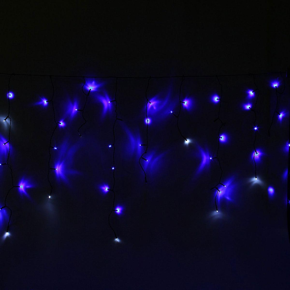 Гирлянда светодиодная Luazon Бахрома, уличная, эффект мерцания, 60 ламп, 220V, цвет: белый, синий, 1 х 0,6 м. 10801421080142Светодиодные гирлянды, ленты и т.д — это отличный вариант для новогоднего оформления интерьера или фасада. С их помощью помещение любого размера можно превратить в праздничный зал, а внешние элементы зданий, украшенные ими, мгновенно станут напоминать очертания сказочного дворца. Такие украшения создают ауру предвкушения чуда. Деревья, фасады, витрины, окна и арки будто специально созданы, чтобы вы украсили их светящимися нитями.