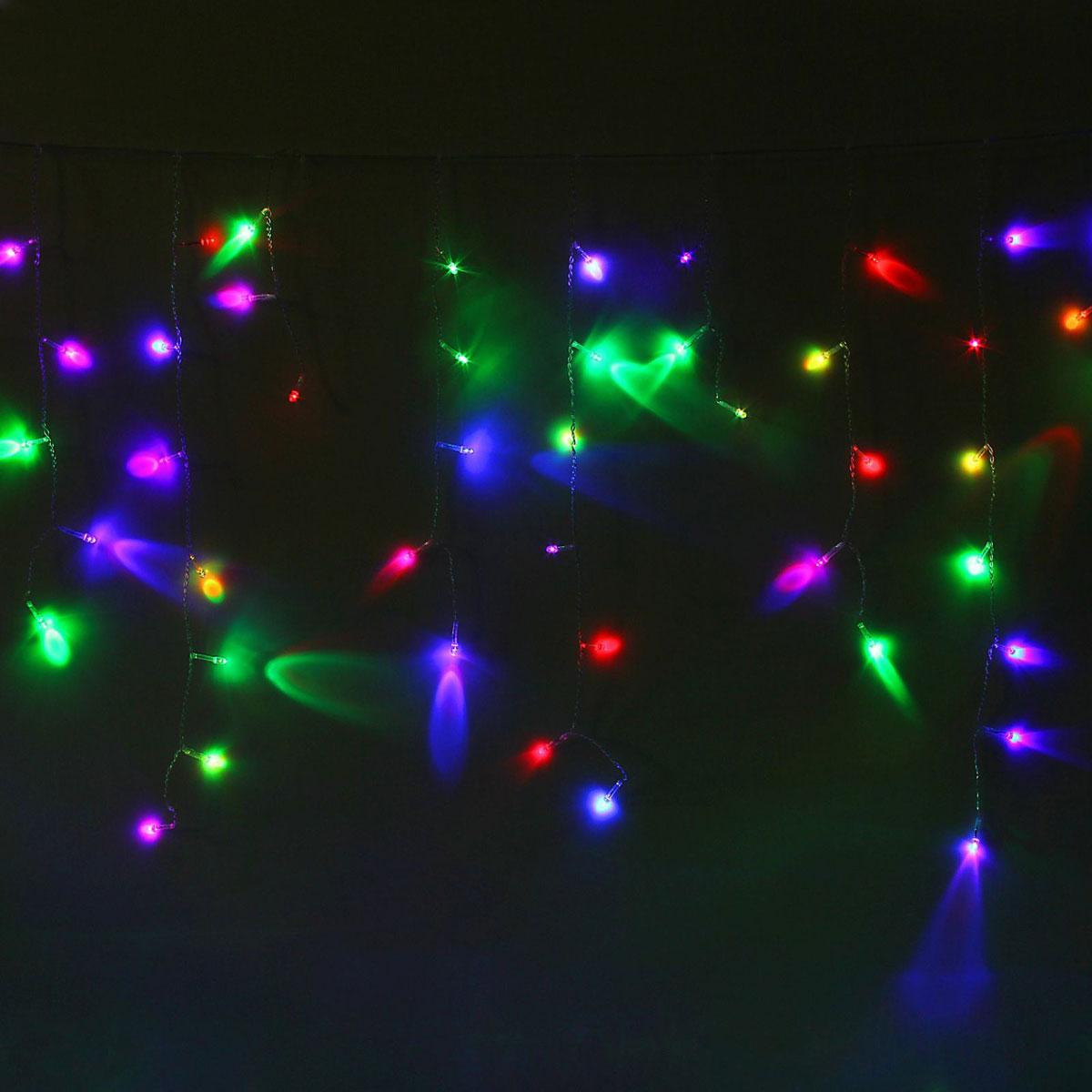 Гирлянда светодиодная Luazon Бахрома, уличная, моргает, 120 ламп, 220 V, цвет: мультиколор, 2 х 0,6 м. 10801441080144Светодиодные гирлянды, ленты и т.д — это отличный вариант для новогоднего оформления интерьера или фасада. С их помощью помещение любого размера можно превратить в праздничный зал, а внешние элементы зданий, украшенные ими, мгновенно станут напоминать очертания сказочного дворца. Такие украшения создают ауру предвкушения чуда. Деревья, фасады, витрины, окна и арки будто специально созданы, чтобы вы украсили их светящимися нитями.