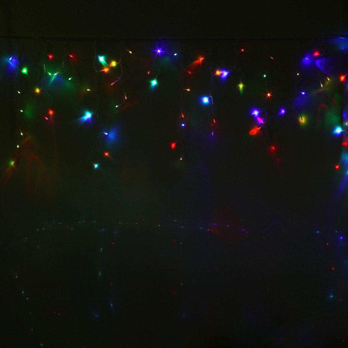 Гирлянда светодиодная Luazon Бахрома, уличная, моргает, 120 ламп, 220 V, цвет: мультиколор, 2 х 0,6 м. 10801451080145Светодиодные гирлянды, ленты и т.д — это отличный вариант для новогоднего оформления интерьера или фасада. С их помощью помещение любого размера можно превратить в праздничный зал, а внешние элементы зданий, украшенные ими, мгновенно станут напоминать очертания сказочного дворца. Такие украшения создают ауру предвкушения чуда. Деревья, фасады, витрины, окна и арки будто специально созданы, чтобы вы украсили их светящимися нитями.