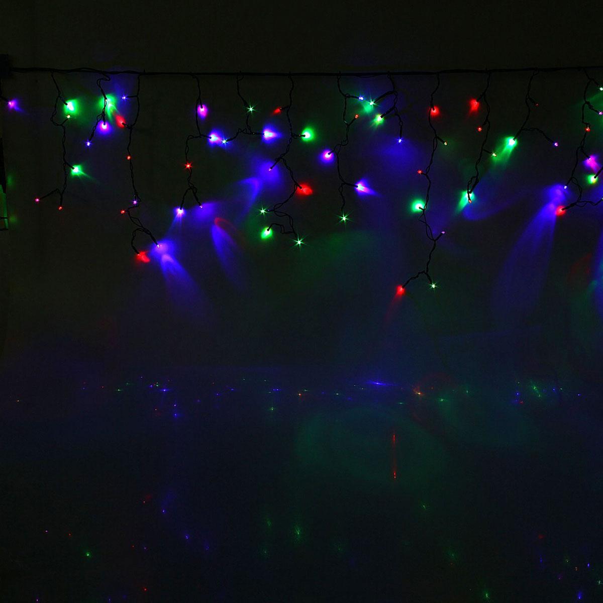 Гирлянда светодиодная Luazon Бахрома, уличная, моргает, 120 ламп, 220 V, цвет: мультиколор, 2 х 0,6 м. 10801501080150Светодиодные гирлянды, ленты и т.д — это отличный вариант для новогоднего оформления интерьера или фасада. С их помощью помещение любого размера можно превратить в праздничный зал, а внешние элементы зданий, украшенные ими, мгновенно станут напоминать очертания сказочного дворца. Такие украшения создают ауру предвкушения чуда. Деревья, фасады, витрины, окна и арки будто специально созданы, чтобы вы украсили их светящимися нитями.