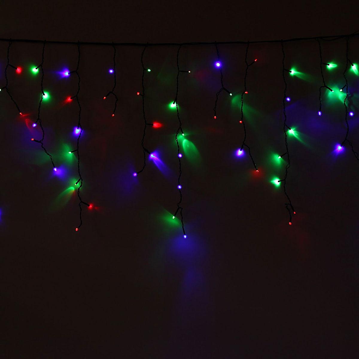 Гирлянда светодиодная Luazon Бахрома, уличная, 160 ламп, 220 V, цвет: мультиколор, 3 х 0,6 м. 10801691080169Светодиодные гирлянды, ленты и т.д — это отличный вариант для новогоднего оформления интерьера или фасада. С их помощью помещение любого размера можно превратить в праздничный зал, а внешние элементы зданий, украшенные ими, мгновенно станут напоминать очертания сказочного дворца. Такие украшения создают ауру предвкушения чуда. Деревья, фасады, витрины, окна и арки будто специально созданы, чтобы вы украсили их светящимися нитями.