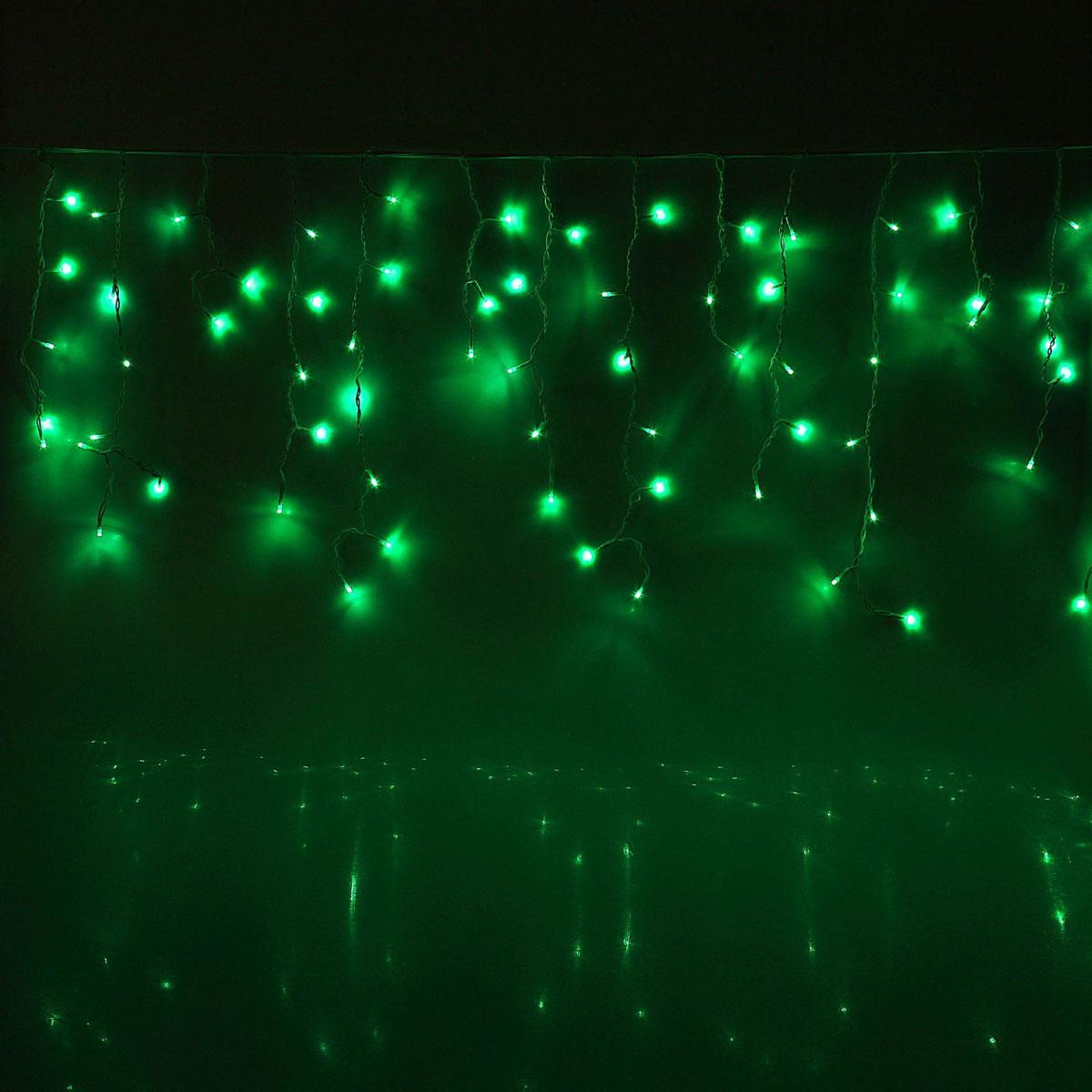 Гирлянда светодиодная Luazon Бахрома, уличная, 160 ламп, 220 V, цвет: зеленый, 3 х 0,6 м. 10801771080177Светодиодные гирлянды, ленты и т.д — это отличный вариант для новогоднего оформления интерьера или фасада. С их помощью помещение любого размера можно превратить в праздничный зал, а внешние элементы зданий, украшенные ими, мгновенно станут напоминать очертания сказочного дворца. Такие украшения создают ауру предвкушения чуда. Деревья, фасады, витрины, окна и арки будто специально созданы, чтобы вы украсили их светящимися нитями.