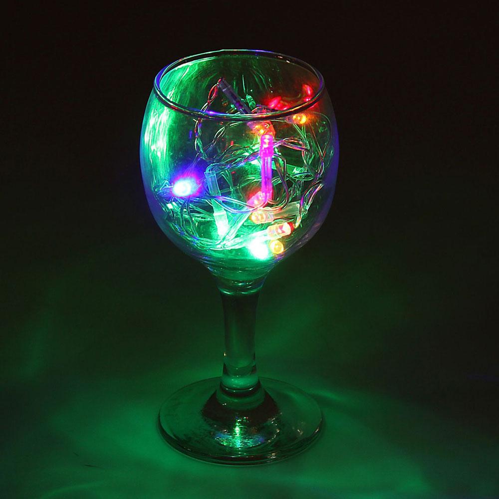 Гирлянда светодиодная Luazon Метраж, цвет: мультиколор, 12 ламп, 220 V, длина 1,2 м. 10803401080340Светодиодные гирлянды и ленты — это отличный вариант для новогоднего оформления интерьера или фасада. С их помощью помещение любого размера можно превратить в праздничный зал, а внешние элементы зданий, украшенные ими, мгновенно станут напоминать очертания сказочного дворца. Такие украшения создают ауру предвкушения чуда. Деревья, фасады, витрины, окна и арки будто специально созданы, чтобы вы украсили их светящимися нитями.