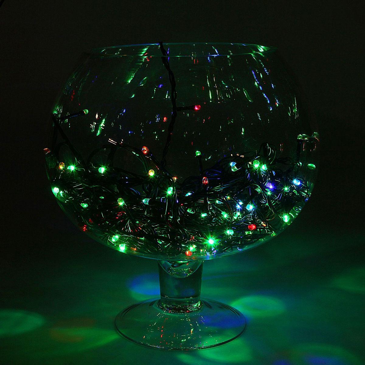 Гирлянда светодиодная Luazon Метраж, цвет: мультиколор, 150 ламп, 220 V, длина 13 м. 10803561080356Светодиодные гирлянды и ленты — это отличный вариант для новогоднего оформления интерьера или фасада. С их помощью помещение любого размера можно превратить в праздничный зал, а внешние элементы зданий, украшенные ими, мгновенно станут напоминать очертания сказочного дворца. Такие украшения создают ауру предвкушения чуда. Деревья, фасады, витрины, окна и арки будто специально созданы, чтобы вы украсили их светящимися нитями.