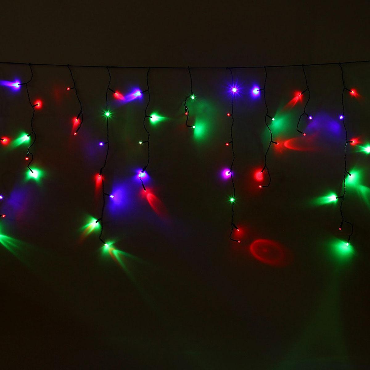 Гирлянда светодиодная Luazon Бахрома, моргает, 60 ламп, 220 V, цвет: мультиколор, 1,2 х 0,6 м. 10804101080410Светодиодные гирлянды, ленты и т.д — это отличный вариант для новогоднего оформления интерьера или фасада. С их помощью помещение любого размера можно превратить в праздничный зал, а внешние элементы зданий, украшенные ими, мгновенно станут напоминать очертания сказочного дворца. Такие украшения создают ауру предвкушения чуда. Деревья, фасады, витрины, окна и арки будто специально созданы, чтобы вы украсили их светящимися нитями.