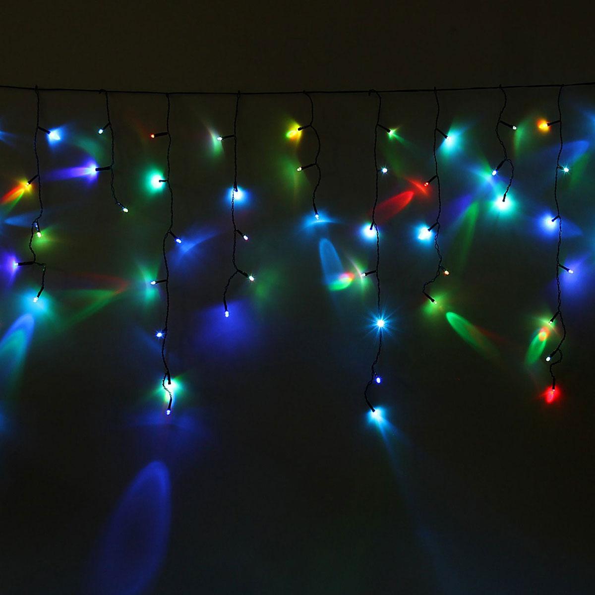 Гирлянда светодиодная Luazon Бахрома, моргает, 60 ламп, 220 V, цвет: мультиколор, 1,2 х 0,6 м. 1080411187288Светодиодные гирлянды, ленты и т.д — это отличный вариант для новогоднего оформления интерьера или фасада. С их помощью помещение любого размера можно превратить в праздничный зал, а внешние элементы зданий, украшенные ими, мгновенно станут напоминать очертания сказочного дворца. Такие украшения создают ауру предвкушения чуда. Деревья, фасады, витрины, окна и арки будто специально созданы, чтобы вы украсили их светящимися нитями.