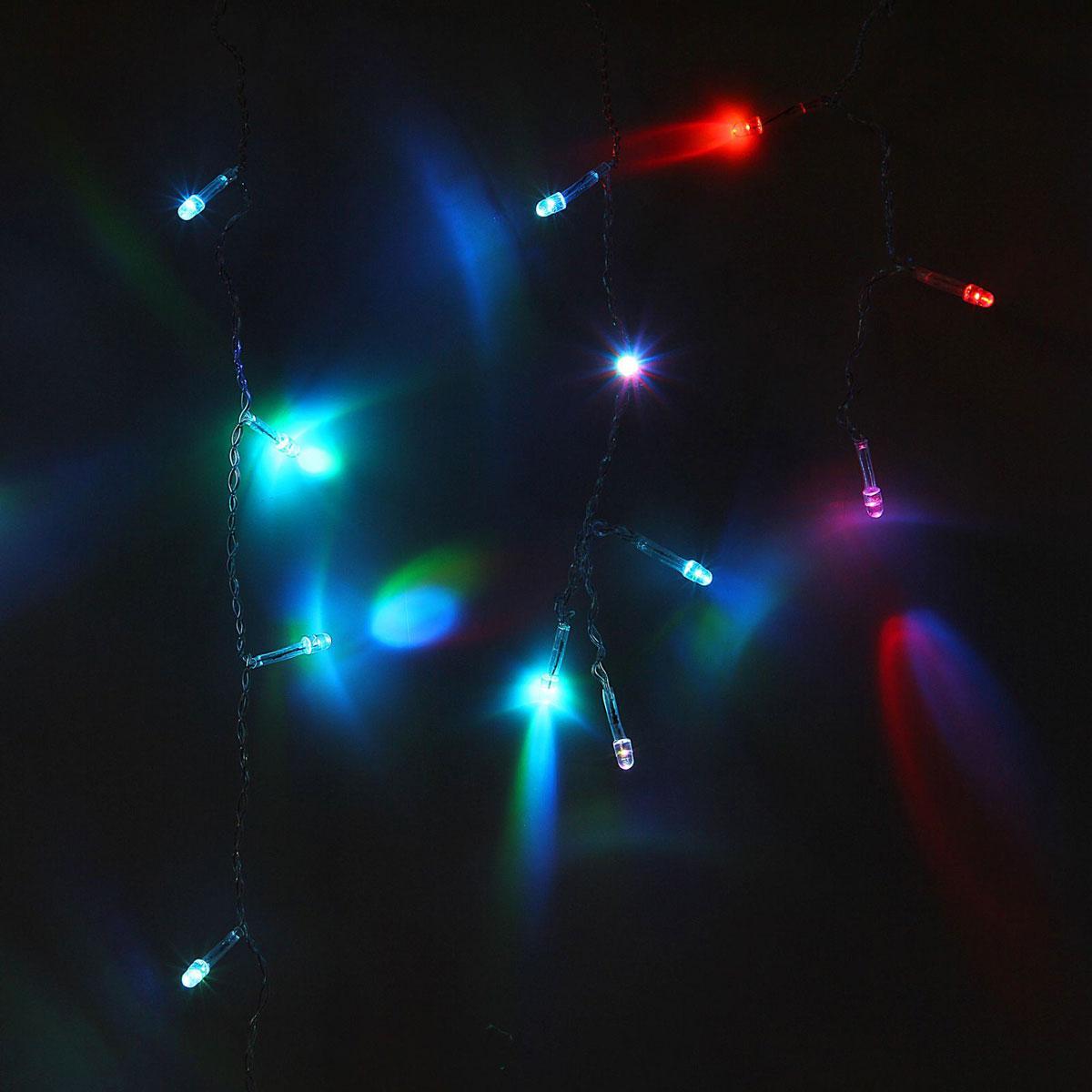 Гирлянда светодиодная Luazon Бахрома, моргает, 120 ламп, 220 V, цвет: мультиколор, 2,4 х 0,6 м. 10804141080414Светодиодные гирлянды, ленты и т.д — это отличный вариант для новогоднего оформления интерьера или фасада. С их помощью помещение любого размера можно превратить в праздничный зал, а внешние элементы зданий, украшенные ими, мгновенно станут напоминать очертания сказочного дворца. Такие украшения создают ауру предвкушения чуда. Деревья, фасады, витрины, окна и арки будто специально созданы, чтобы вы украсили их светящимися нитями.