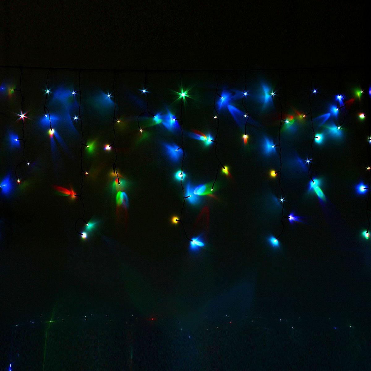 Гирлянда светодиодная Luazon Бахрома, моргает, 120 ламп, 220 V, цвет: мультиколор, 2,4 х 0,6 м. 10804171080417Светодиодные гирлянды, ленты и т.д — это отличный вариант для новогоднего оформления интерьера или фасада. С их помощью помещение любого размера можно превратить в праздничный зал, а внешние элементы зданий, украшенные ими, мгновенно станут напоминать очертания сказочного дворца. Такие украшения создают ауру предвкушения чуда. Деревья, фасады, витрины, окна и арки будто специально созданы, чтобы вы украсили их светящимися нитями.
