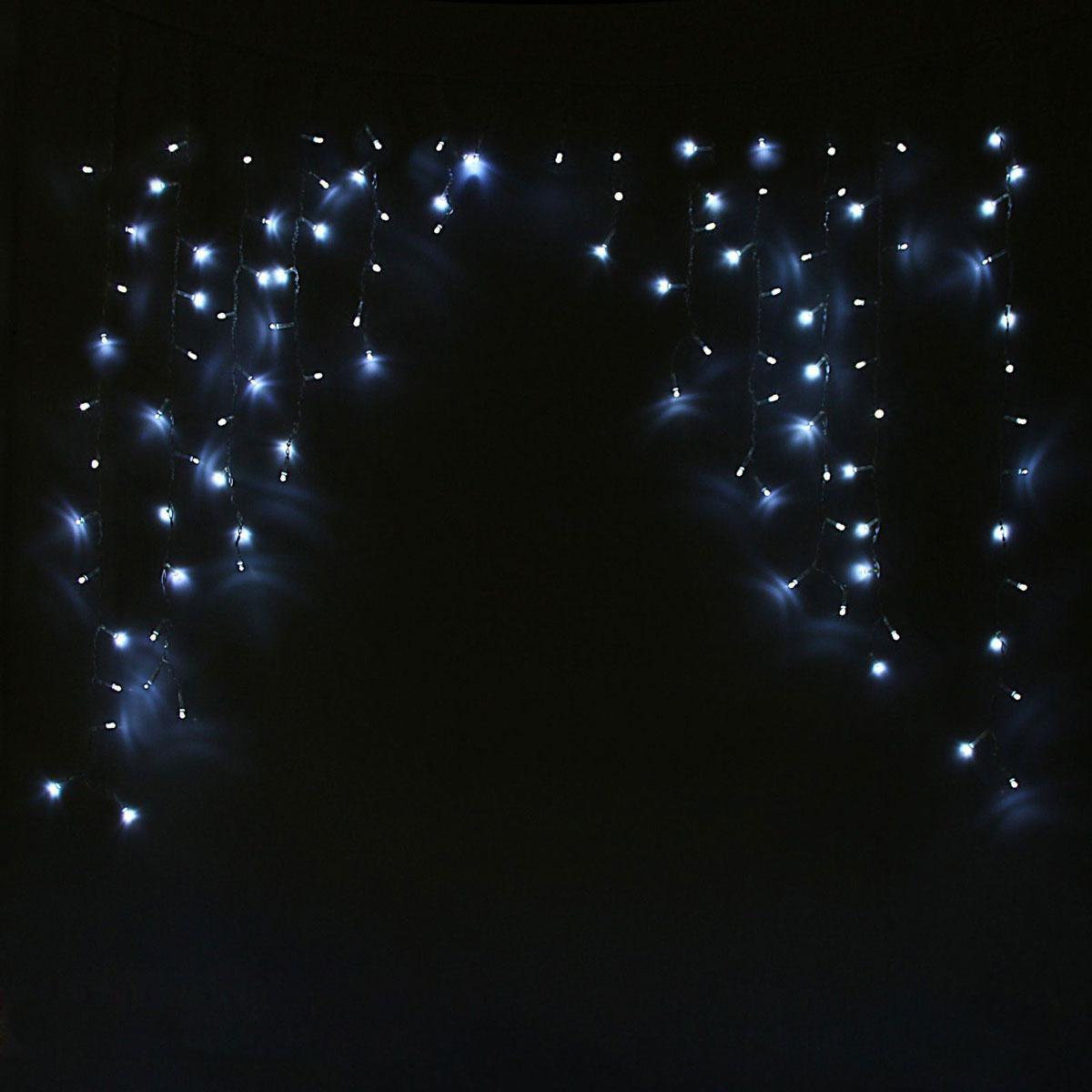 Гирлянда светодиодная Luazon Бахрома. Арка, 8 режимов, 126 ламп, 220 V, цвет: белый, 1 х 1 м. 10804301080430Светодиодные гирлянды, ленты и т.д — это отличный вариант для новогоднего оформления интерьера или фасада. С их помощью помещение любого размера можно превратить в праздничный зал, а внешние элементы зданий, украшенные ими, мгновенно станут напоминать очертания сказочного дворца. Такие украшения создают ауру предвкушения чуда. Деревья, фасады, витрины, окна и арки будто специально созданы, чтобы вы украсили их светящимися нитями.