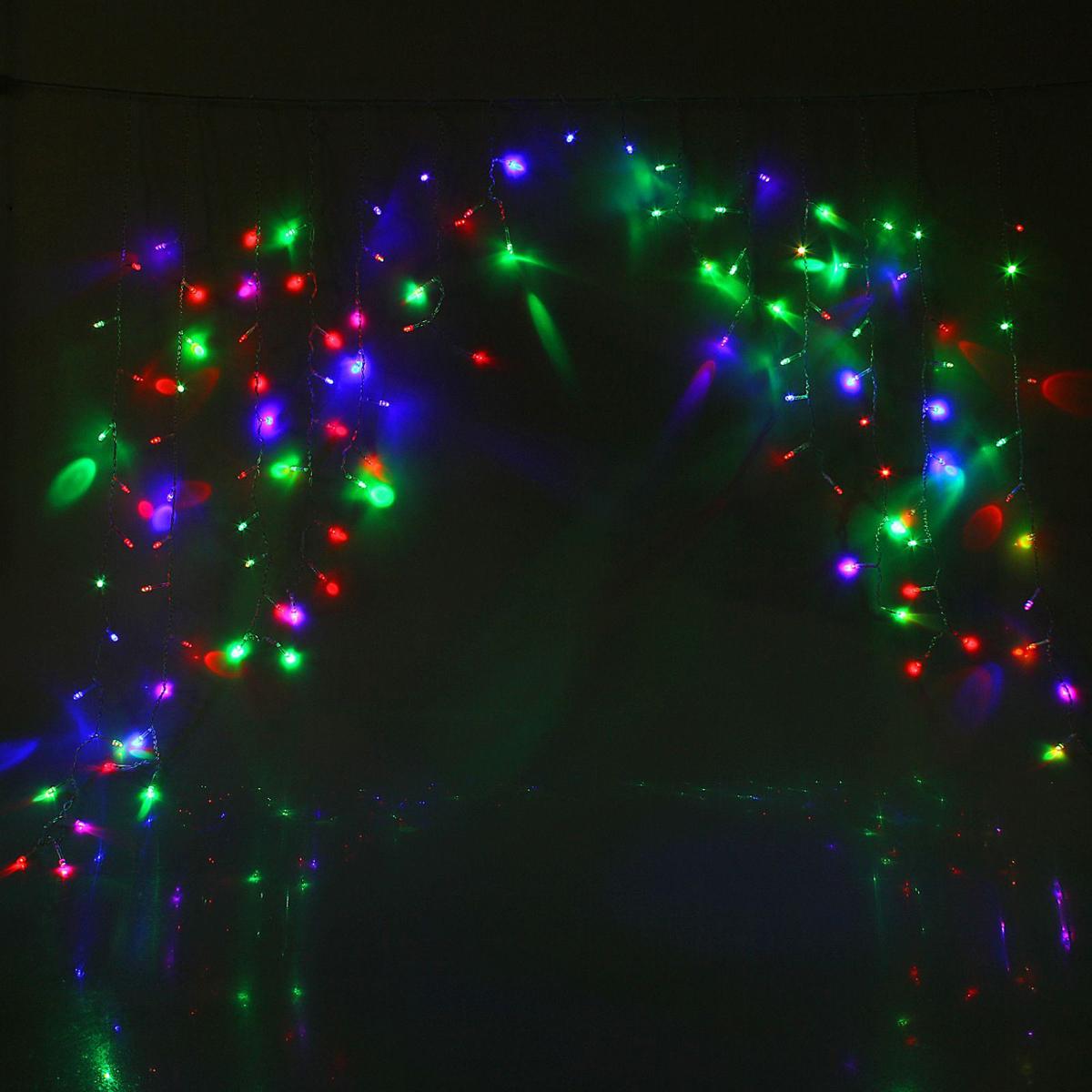 Гирлянда светодиодная Luazon Бахрома. Арка, моргает, 126 ламп, 220 V, цвет: мультиколор, 1 х 1 м. 10804361080436Светодиодные гирлянды, ленты и т.д — это отличный вариант для новогоднего оформления интерьера или фасада. С их помощью помещение любого размера можно превратить в праздничный зал, а внешние элементы зданий, украшенные ими, мгновенно станут напоминать очертания сказочного дворца. Такие украшения создают ауру предвкушения чуда. Деревья, фасады, витрины, окна и арки будто специально созданы, чтобы вы украсили их светящимися нитями.